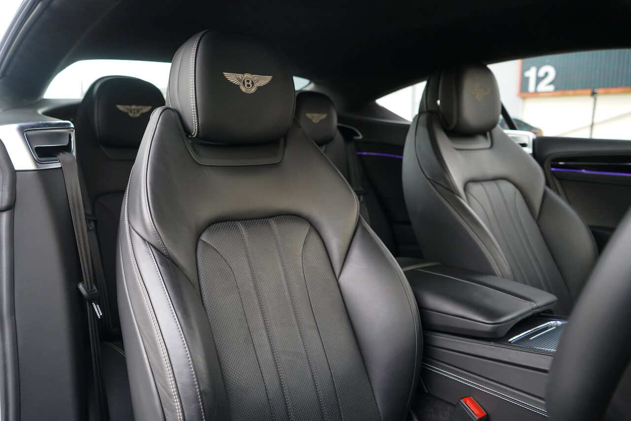 Bentley CGT interior1