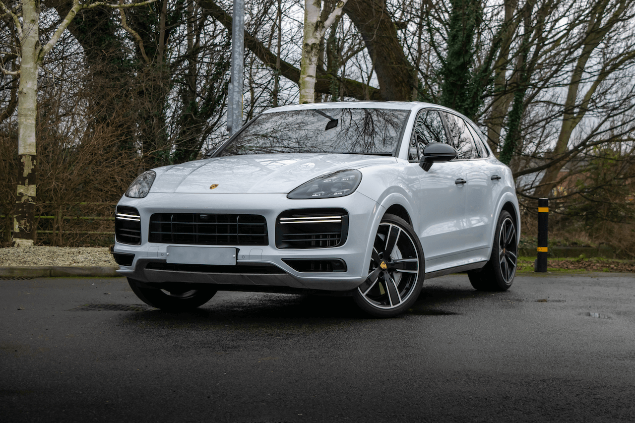 Cayenne front