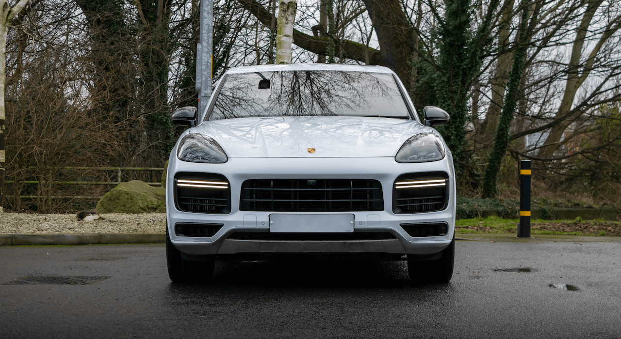 Cayenne Turbo Front